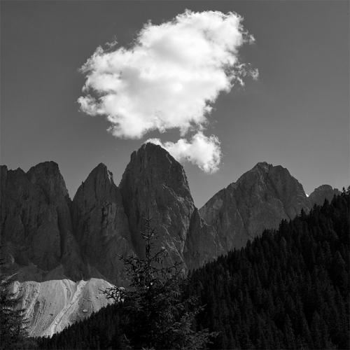 ...di pietra, nuvole e vento