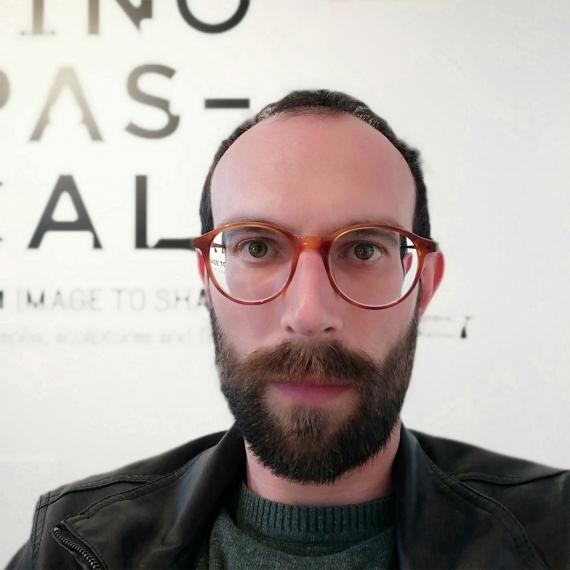 """Pino Pascali. Fotografie"" di Antonio Frugis"